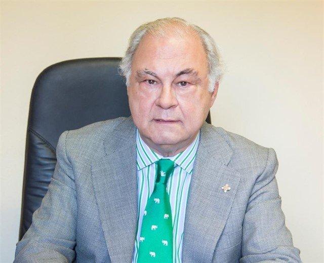 Isidro Díaz de Bustamante, reelegido presidente de la Asociación de Centros y Empresas de Hospitalización Privada 24